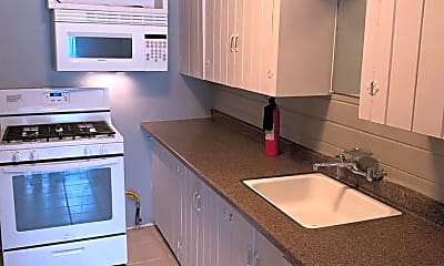 Kitchen, 620 NW 27th St, 1