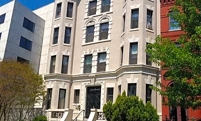 Building, 216 Maryland Ave NE, 2