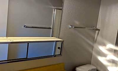 Bathroom, 3572 Bechelli Ln, 2