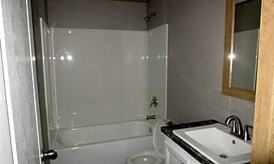 Bathroom, 1400 Banana Rd 44, 1