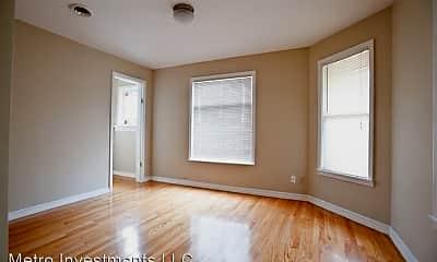 Bedroom, 2429 N Farwell Ave, 1