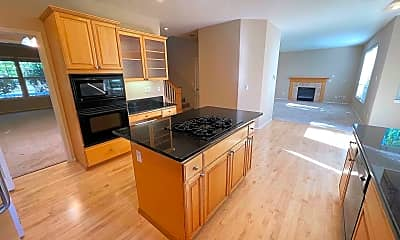 Kitchen, 17028 NW Oak Creek Dr, 1