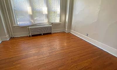 Living Room, 67 S Main Ave, 1