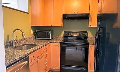 Kitchen, 11 Saratoga Ct 11, 1