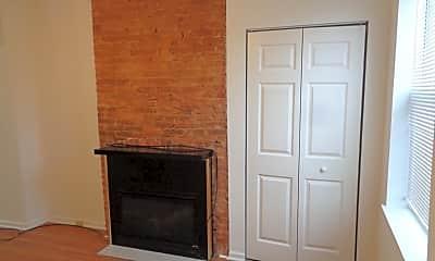 Living Room, 3010 Hudson St, 1