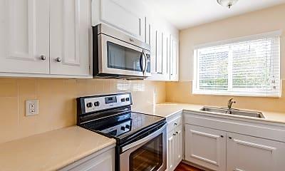 Kitchen, 19 Belle Avenue, Unit 9, 0