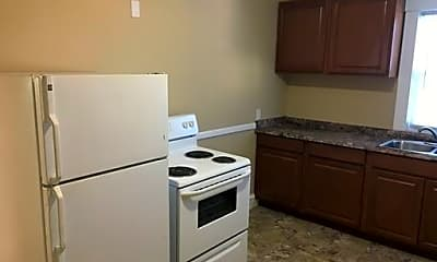 Kitchen, 65 Roberts St, 1