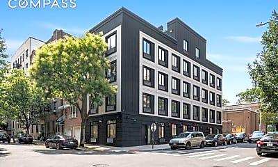 Building, 22 E 212th St 3-A, 2