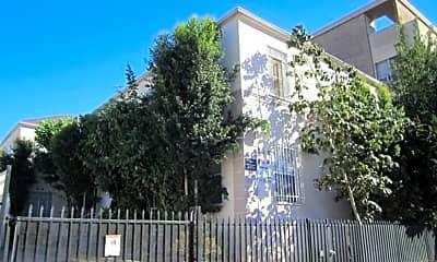 Building, 814 S Kingsley Dr, 0