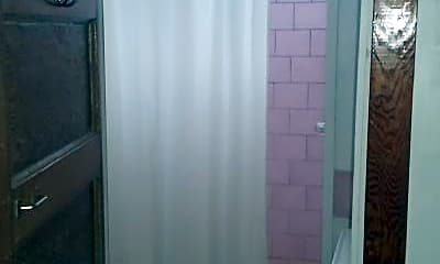 Bathroom, 4520 Elba St, 2