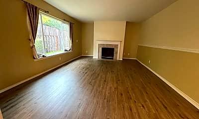 Living Room, 16633 NW Oak Creek Dr, 1