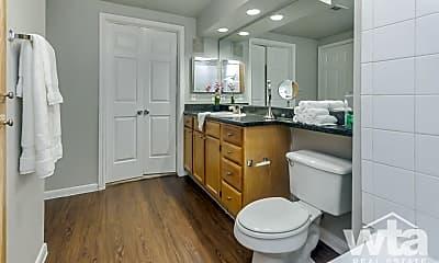 Bathroom, 8701 Bluffstone Cove, 1