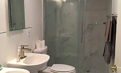 Bathroom, 1195 Yosemite Ave, 2