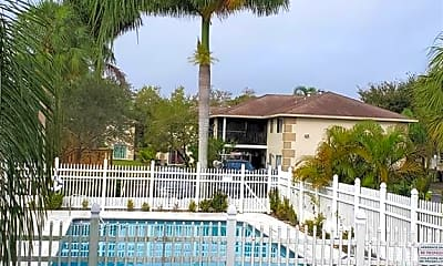 Pool, 5386 16th Pl SW, 2