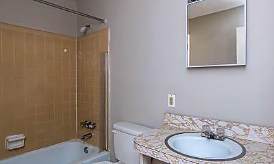 Bathroom, 1132 Kees Rd, 2