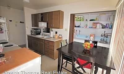 Kitchen, 615 600 W, 0