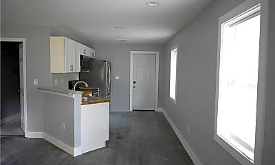 Kitchen, 814 Humphries St SW, 1