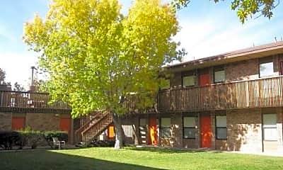 Building, Briarwood Park, 1