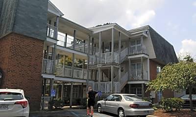 Commons at Churchland, 0