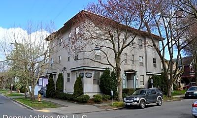 Building, 1002 E Denny Way, 2
