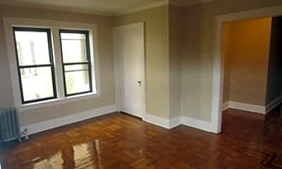 Belleville Apartments, 2