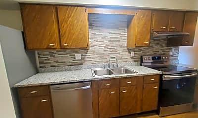 Kitchen, 7572 Cherryvale N Blvd, 1