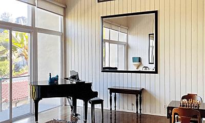 Living Room, 3657 Lowry Rd, 2