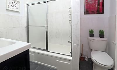 Bathroom, 174 Elizabeth Street, 2