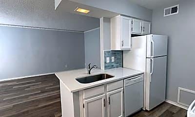 Kitchen, 3624 Parkridge Dr 214, 0