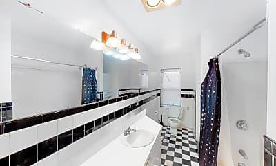 Bathroom, 24 Saint Cyprians Place, Unit 3R, 2
