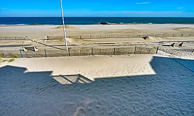 239 Beach Front 4, 2