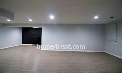 Living Room, 15665 S Rene St, 2