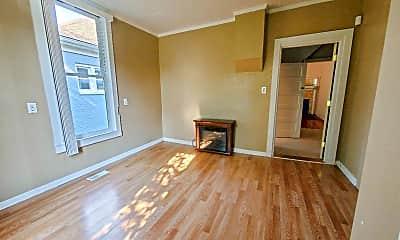 Living Room, 120 N 4th St, 2