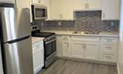 Kitchen, 1320 S St Andrews Pl, 0