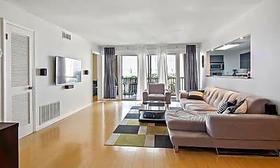 Living Room, 346 Carpenter Dr NE 81, 0
