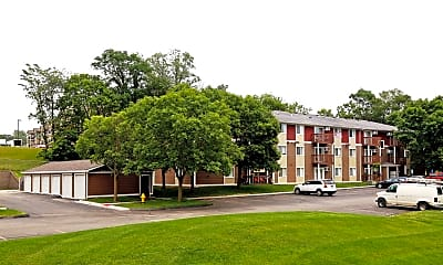 Building, Park Winds Apartments, 1