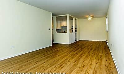 Living Room, 315 N Maple Ave, 1
