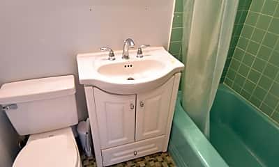 Bathroom, 431 Beacon St, 2