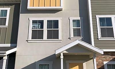 Building, 686 E 330 N, 0