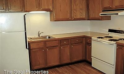 Kitchen, 513 Center Ave, 2
