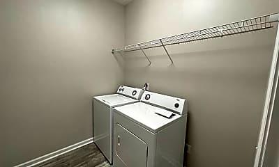 Bathroom, 98 Devonshire Dr, 2
