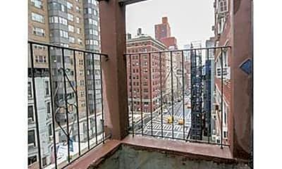 Patio / Deck, 130 E 37th St, 2