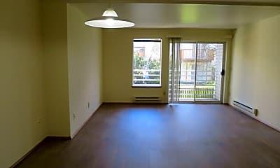 Living Room, 8820 Stone Ave N, 1