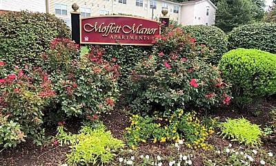 Moffett Manor Apartments, 1