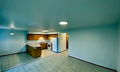 Living Room, 2690 Alderwood Ave, 1