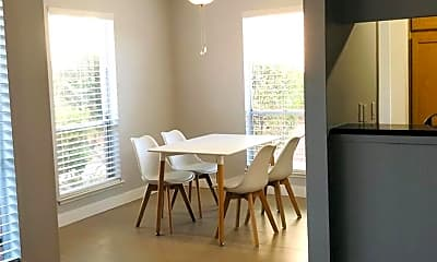 Dining Room, 2843 Geary Pl 3105, 1