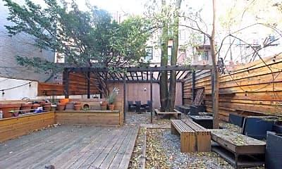 Patio / Deck, 130 N 1st St, 1