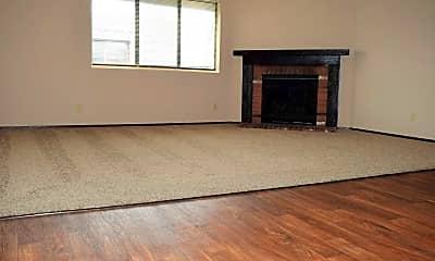 Living Room, Pheasant Run Apartments, 1