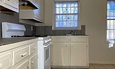 Kitchen, 805 Marx St, 2