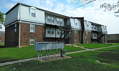 Douglas Park Apartments, 2